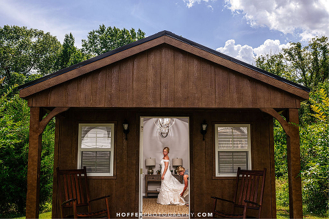 classic-white-barn-wedding-leesburg-va-48-fields-farm-amanda-dustin (4)
