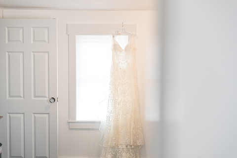 simple-rustic-wedding-blue-white-48-fields-leesburg-va-erika-connor (1)