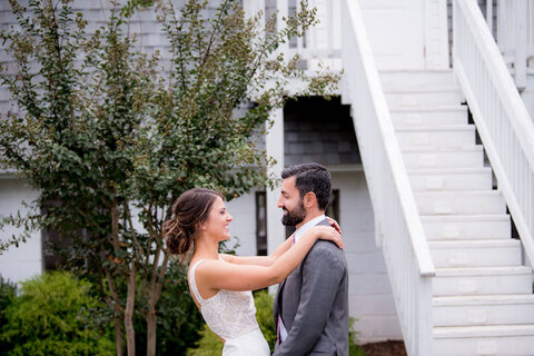 wedding timeline first look - 48 Fields Wedding Barn | Leesburg VA