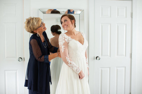 bride getting ready with mom - 48 Fields Wedding Venue | Leesburg VA