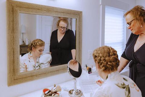 bride getting ready - 48 Fields Wedding Barn | Leesburg VA