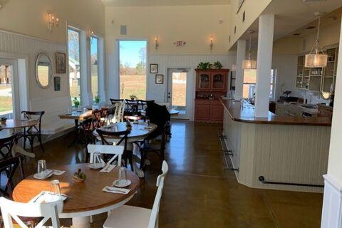 EagleTree Farm Winery rehearsal dinner locations - 48 Fields Wedding Barn | Leesburg VA