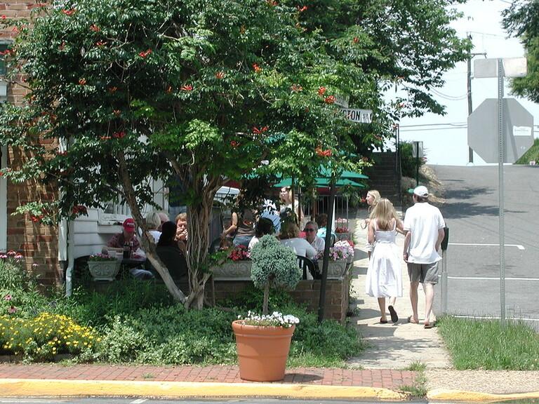 visit Historic Middleburg wedding weekend itinerary - 48 Fields Wedding Barn   Leesburg VA